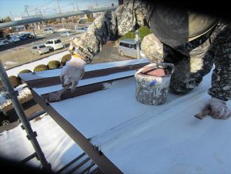 トタン屋根下塗り