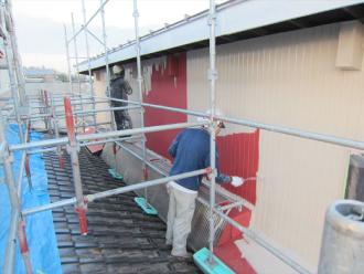 トタン外壁中塗り