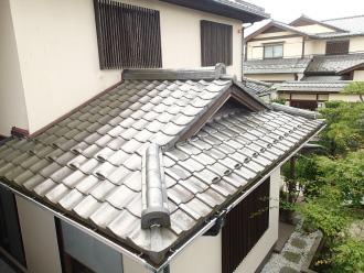 屋根は和瓦