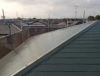 スレート屋根塗装、上塗り工程完了